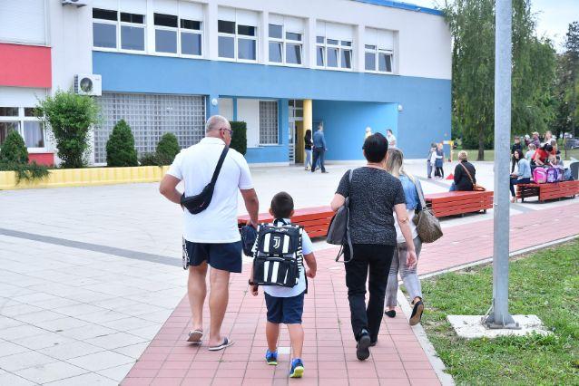 Ogulin.eu Rade: Odluku o nošenju maski u školama nećemo donositi naprečac