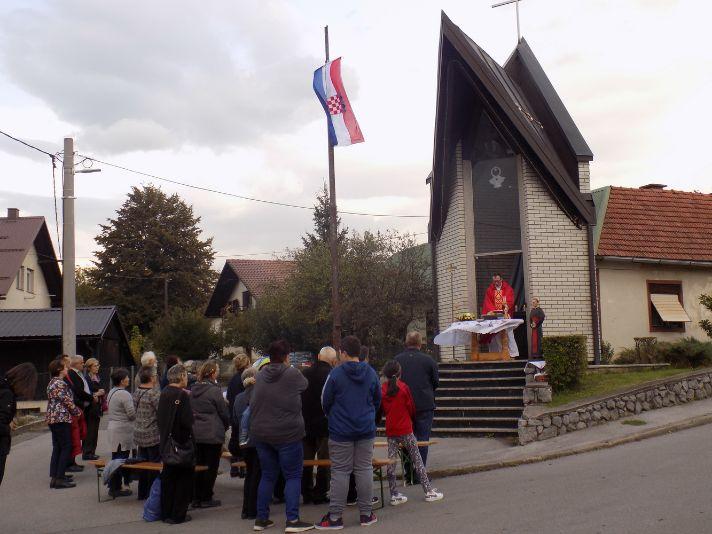 Ogulin.eu Misa na spomendan beatifikacije bl. A. Stepinca i 16. Obljetnicu posvete kapelice